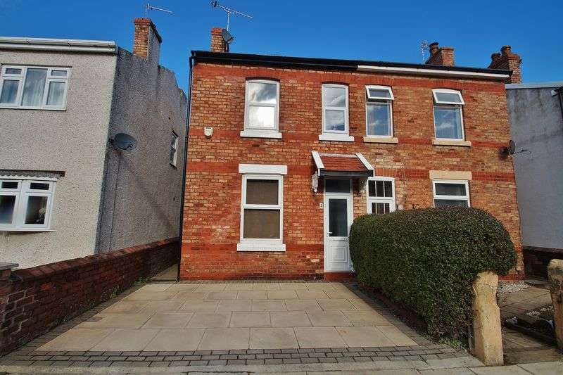 2 Bedrooms Semi Detached House for sale in Shaftesbury Avenue, Southport