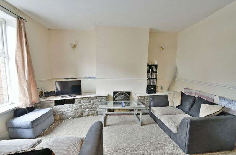 2 Bedrooms Terraced House for sale in St. James Row, Rossendale