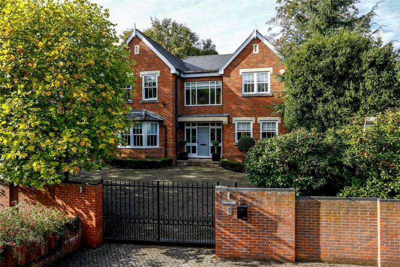 5 Bedrooms Detached House for sale in Woodview Close, Kingston Vale, London, SW15