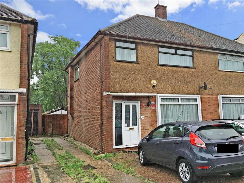 3 Bedrooms Semi Detached House for sale in Freshwell Avenue, Chadwell Heath, Essex