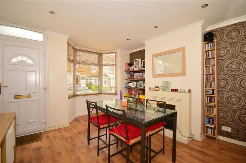 3 Bedrooms Terraced House for sale in Charlton Street, Maidstone, Kent