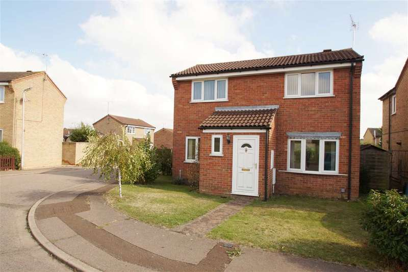 3 Bedrooms Detached House for sale in Siskin Close, Longridge Park, Colchester
