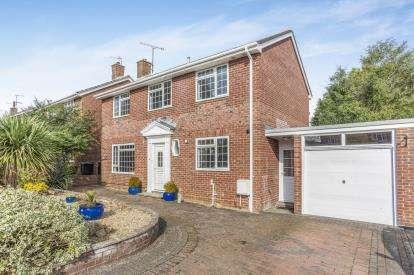 4 Bedrooms Link Detached House for sale in Sherborne, Dorset