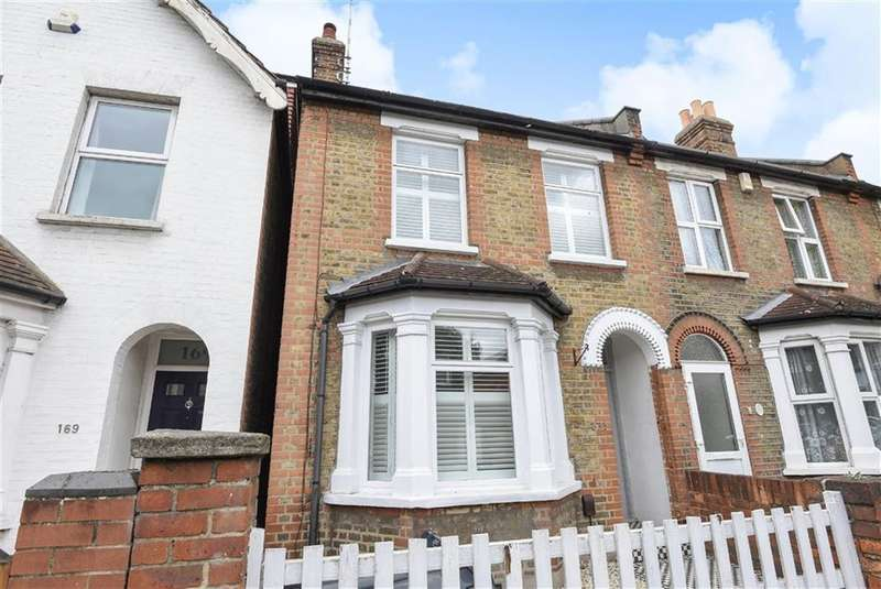 4 Bedrooms Property for sale in Park Road, Kingston Upon Thames