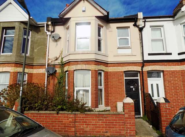 2 Bedrooms Flat for sale in RECENTLY RENOVATED two bedroom FIRST FLOOR FLAT in Plainmoor