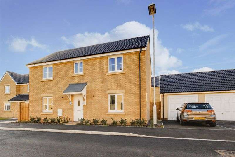 4 Bedrooms Detached House for sale in Billet Close, Newport