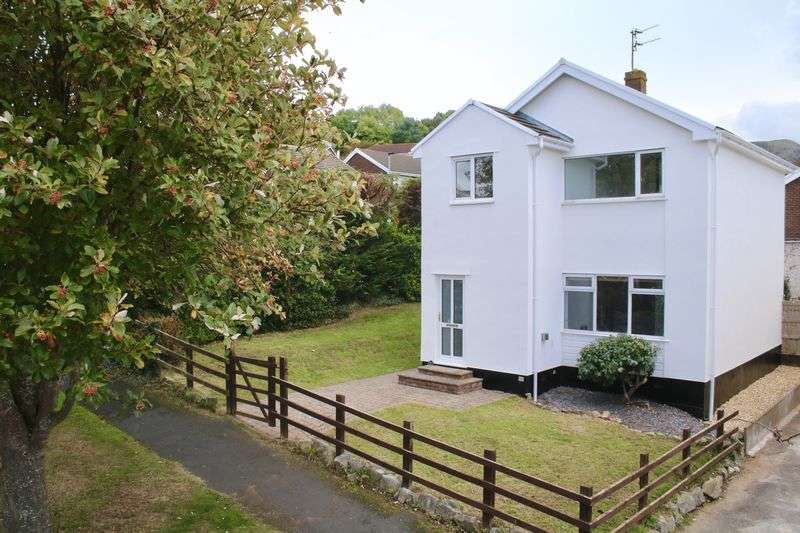 4 Bedrooms Detached House for sale in Parc Gwelfor Dyserth