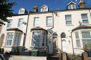 3 Bedrooms Terraced House for sale in Canterbury Road, Croydon