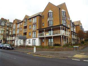 1 Bedroom Flat for sale in Poldark Court, Victoria Parade, Ramsgate, Kent