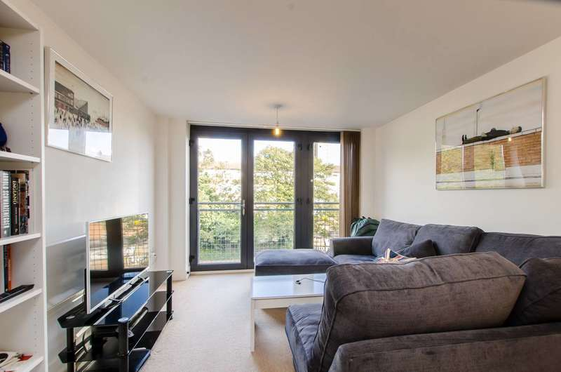 1 Bedroom Flat for sale in Pritchards Road, London Fields, E2
