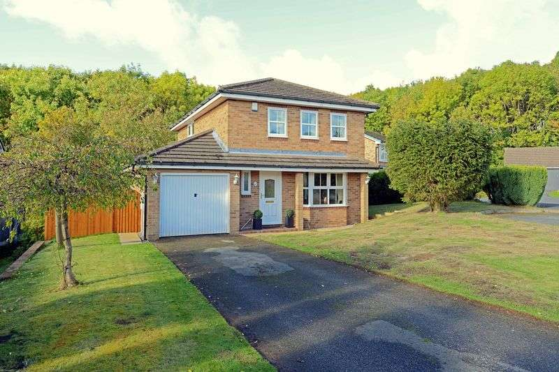4 Bedrooms Detached House for sale in Dean Close, Priorslee, Telford, Shropshire