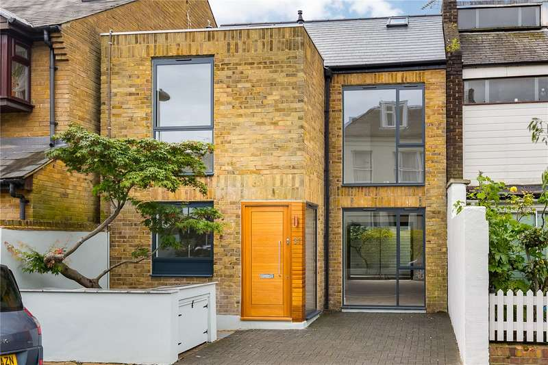 4 Bedrooms House for sale in Glentham Road, London, SW13