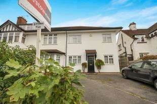 2 Bedrooms Flat for sale in Melville Avenue, South Croydon