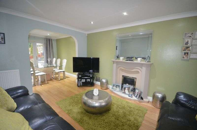 4 Bedrooms Detached House for sale in Foxley Heath, Widnes