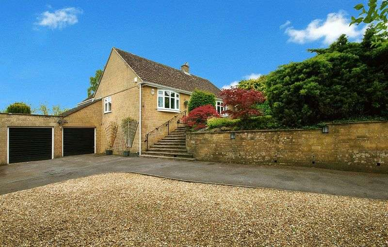 3 Bedrooms Detached Bungalow for sale in Higher Street, West Chinnock, TA18 7QA