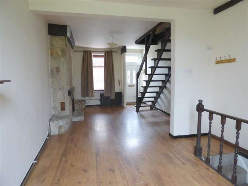 2 Bedrooms Property for sale in Carrhill Road, Mossley, Ashton-under-lyne, Lancashire, OL5