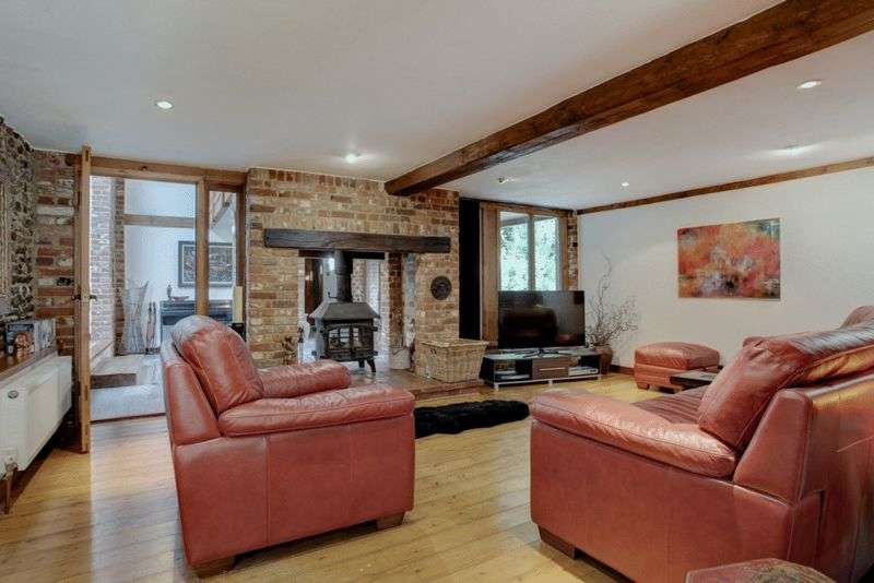 4 Bedrooms Property for sale in Weston Longville