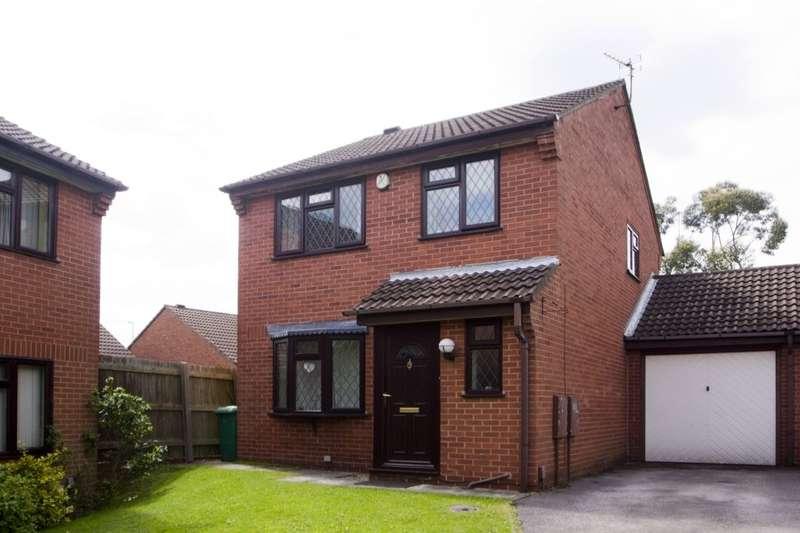 3 Bedrooms Detached House for sale in Ganton Close, Nottingham, NG3