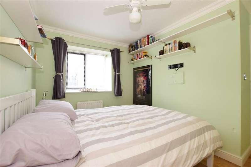 3 Bedrooms Terraced House for sale in Red Street, Southfleet, Kent