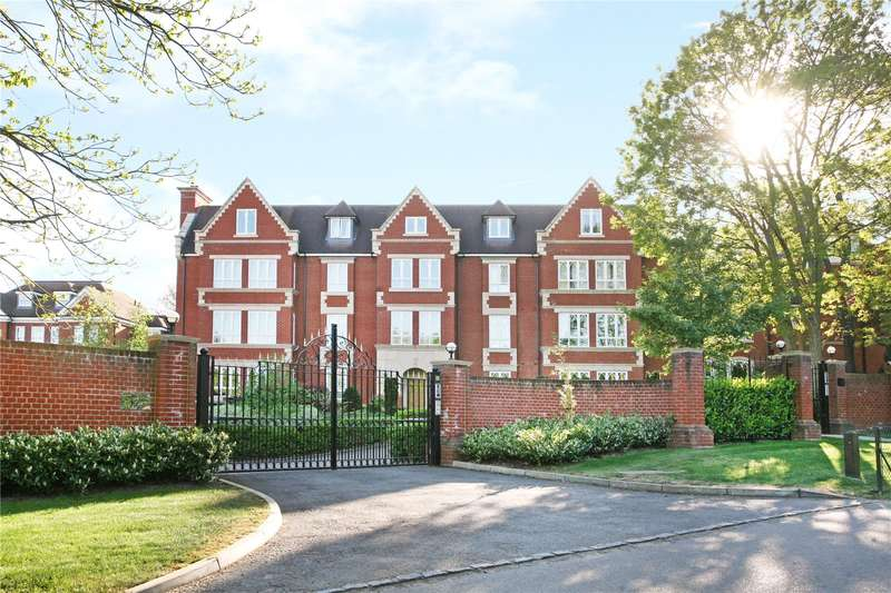 2 Bedrooms Flat for sale in Rosemary Gate, 14 Esher Park Avenue, Esher, Surrey, KT10