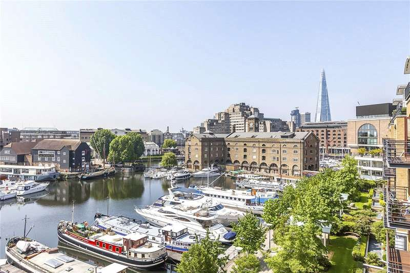 3 Bedrooms Flat for sale in Turnstone House, St Katherine's Dock, London, E1