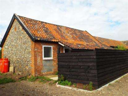 1 Bedroom Barn Conversion Character Property for sale in Thetford Road, Barnham