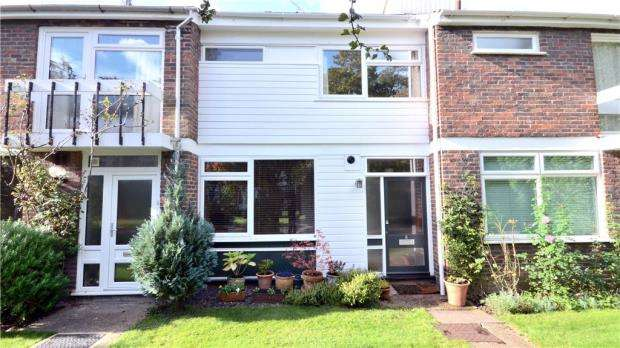 3 Bedrooms Terraced House for sale in Boyn Hill Close, Maidenhead, Berkshire