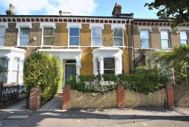 2 Bedrooms Flat for sale in Oakfield Road, London, N8