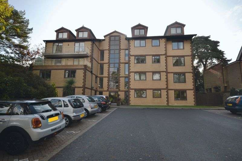 2 Bedrooms Flat for sale in Penrhyn, Knyveton Road, East Cliff, Bournemouth