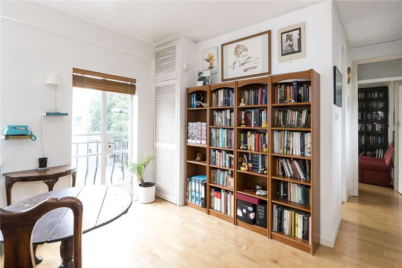 2 Bedrooms Flat for sale in Cleveland Court, 86-90 Cleveland Street, London, W1T