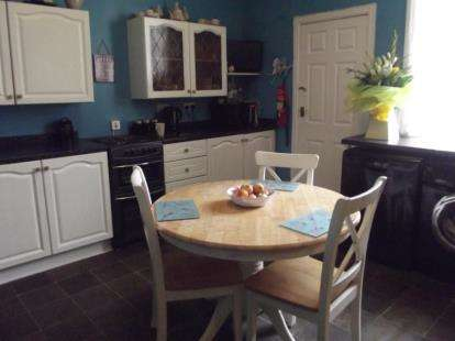 2 Bedrooms Terraced House for sale in Mizpah Street, Burnley, Lancashire, BB10