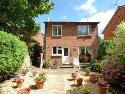 3 Bedrooms Detached House for sale in Creekmoor, Poole, Dorset