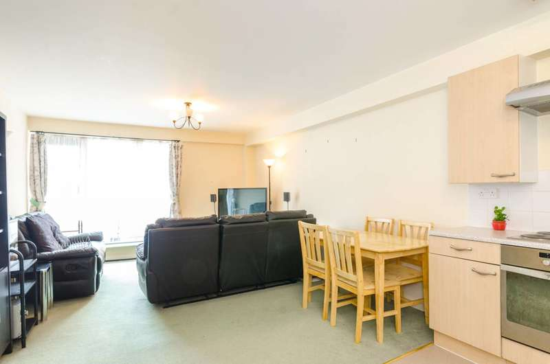 1 Bedroom Flat for sale in Peter Heathfield House, Stratford, E15