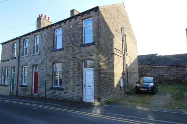1 Bedroom Flat for sale in New Road Silsden, Keighley, West Yorkshire, BD20 0AH
