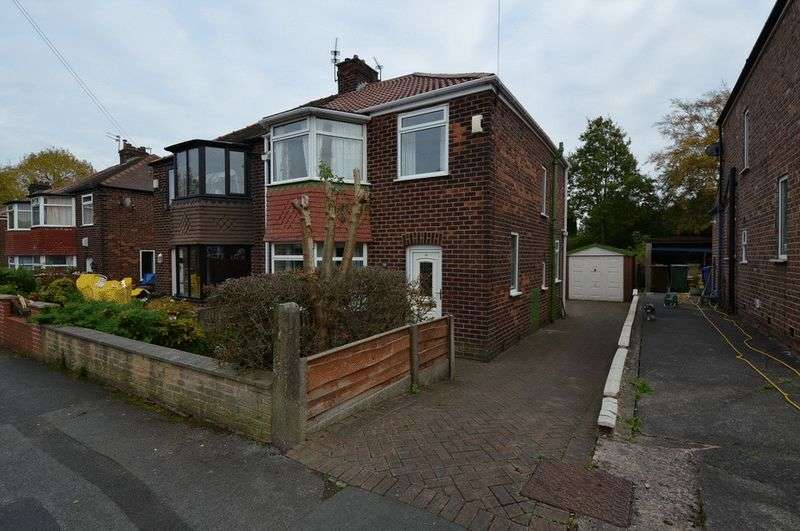 3 Bedrooms Semi Detached House for sale in Hilltop Grove, Whitefield, Manchester