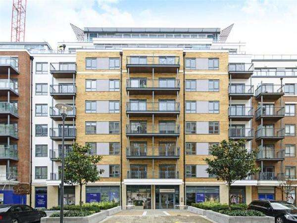 3 Bedrooms Apartment Flat for sale in Boulevard Drive, Colindale
