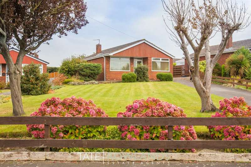 3 Bedrooms Bungalow for sale in St Davids Close, Flint