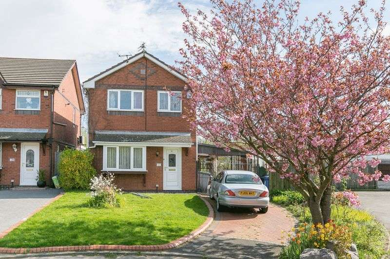 3 Bedrooms Detached House for sale in Falconers Green, Poolstock, WN3 5DF