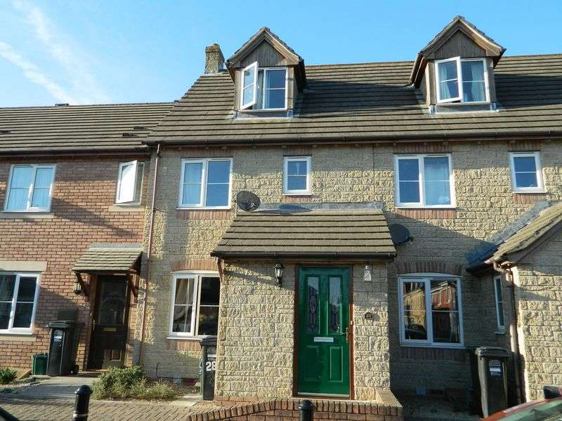3 Bedrooms Terraced House for sale in ST GEORGES