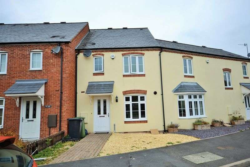 3 Bedrooms Terraced House for sale in Garden Close, Kington
