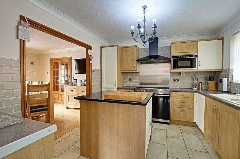 4 Bedrooms Detached House for sale in St. Peters Walk, Burton Pidsea