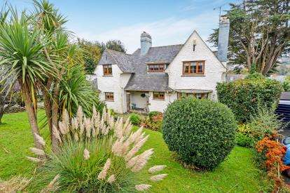 4 Bedrooms Detached House for sale in Truro, Cornwall