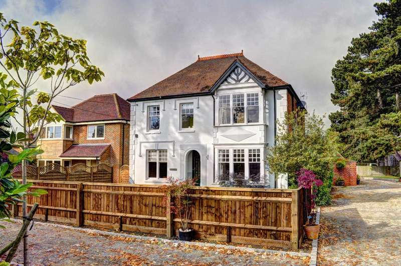 5 Bedrooms Detached House for sale in Oakley Road, Chinnor