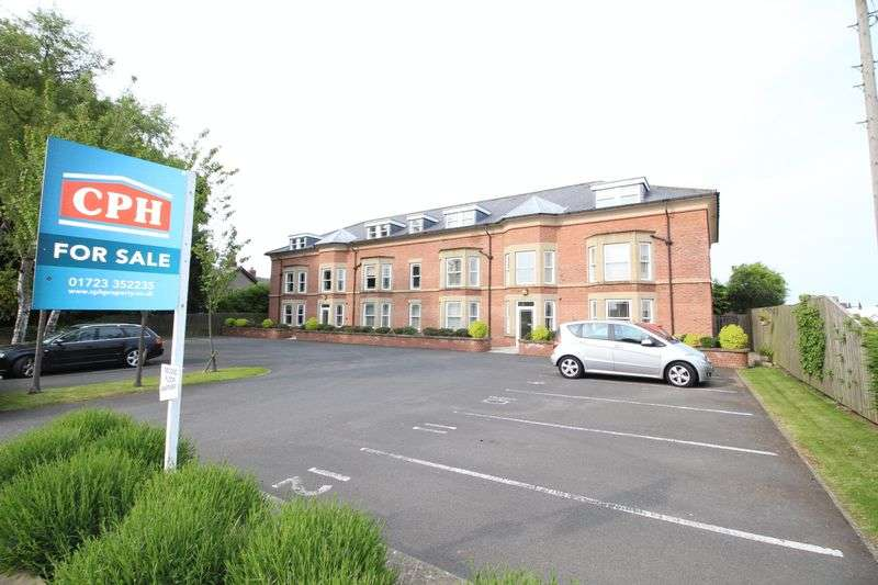 2 Bedrooms Flat for sale in Scalby Road, Scarborough