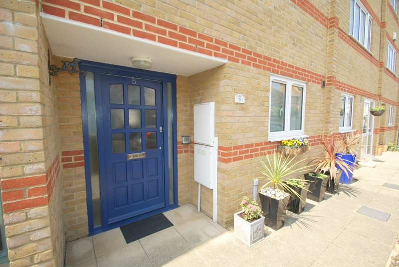 4 Bedrooms House for sale in Sandown Road, Deal, CT14