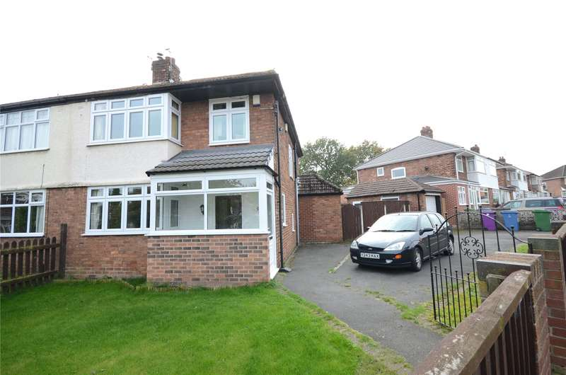 3 Bedrooms Semi Detached House for sale in Layton Road, Woolton, Liverpool, L25