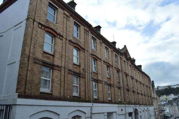 2 Bedrooms Flat for sale in Albert Court, Market Street, Torquay, Devon