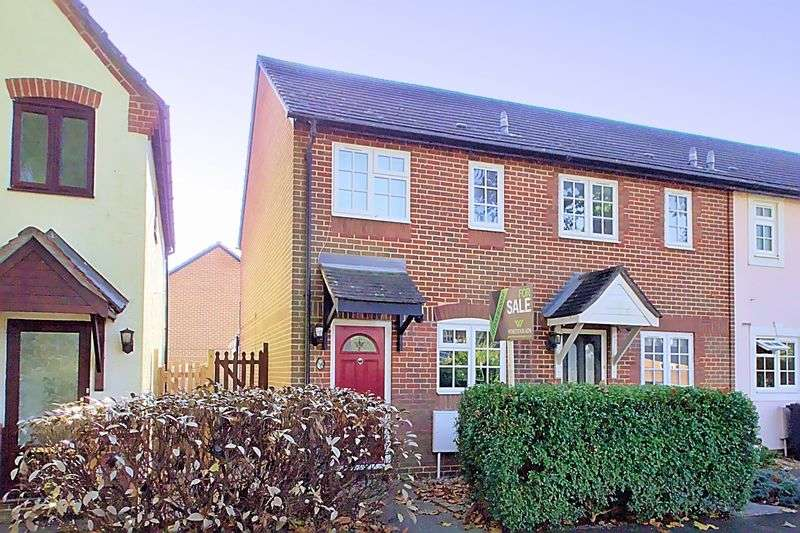 2 Bedrooms Terraced House for sale in Churchwood Drive, Tangmere PO20