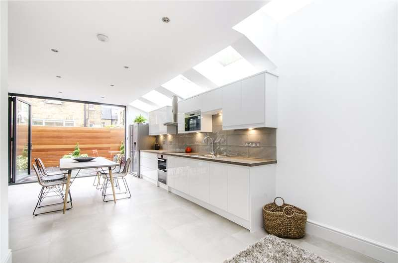 4 Bedrooms Terraced House for sale in Holyport Road, London, SW6