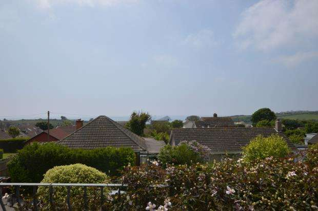 4 Bedrooms Detached Bungalow for sale in Colliers Close, Wembury, Plymouth, Devon